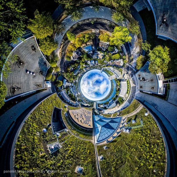 WCCB - die Erde als Röhre